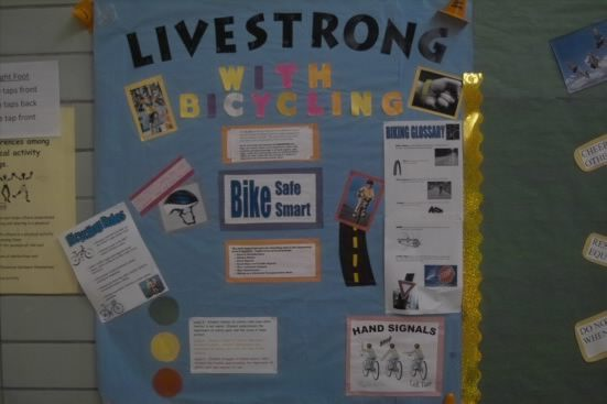 Livestrong With Bicycling Image